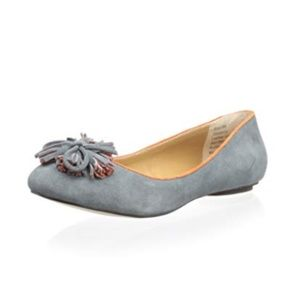 Shoes - Grey Suede Flats